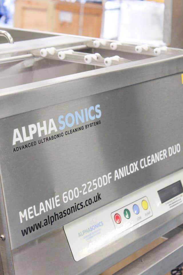 Alphasonics Anilox Roll Cleaning Systems